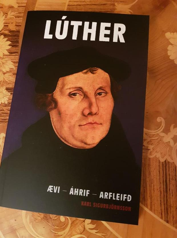 Luther_bókakápa